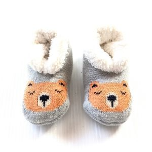 GYMBOREE bear face soft fur lined baby slippers